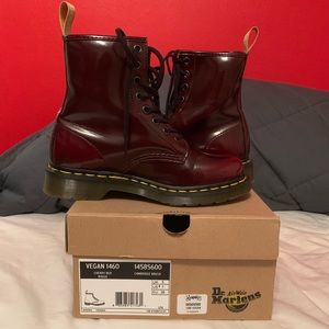 Dr. Martens: Vegan 101 in Cherry Red